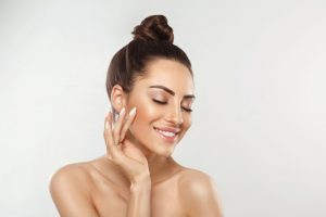 What are the key ingredients of Modere CellProof Serum